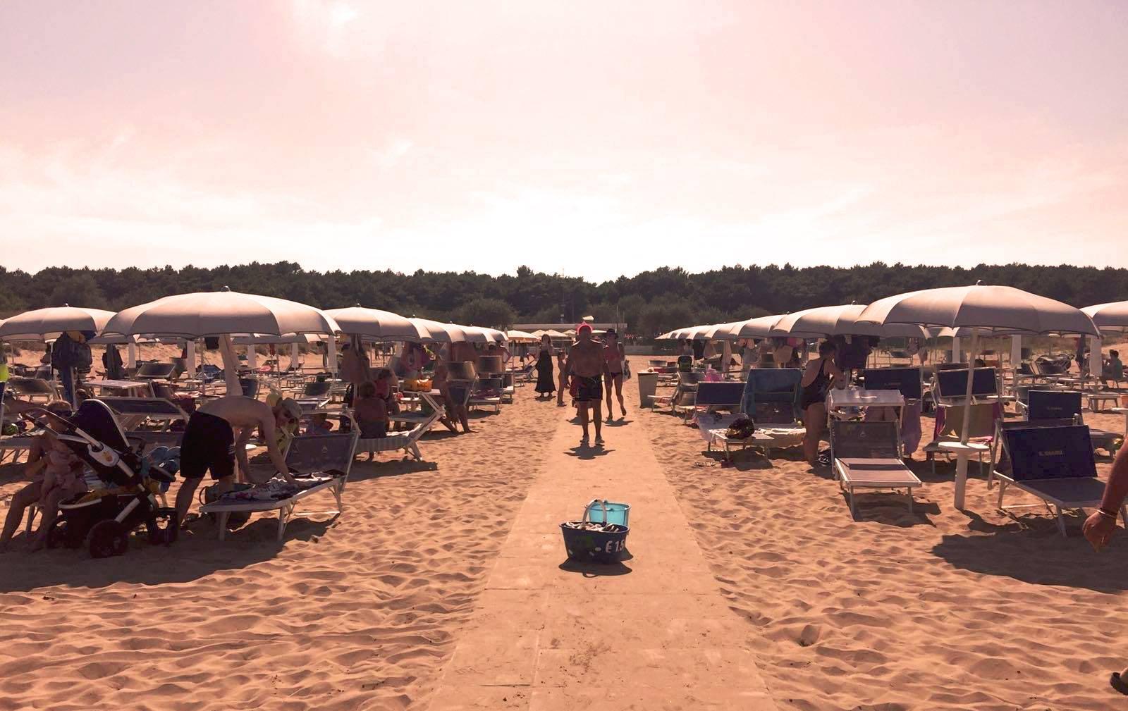 Mora Mora Beach