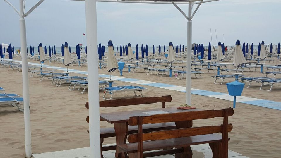 Lamby's Beach 93