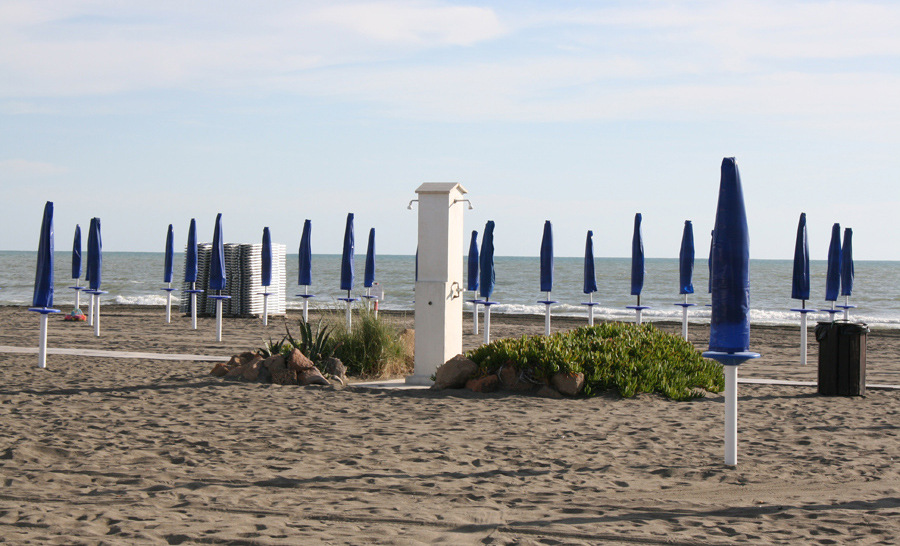 Stabilimento Balneare La Nave