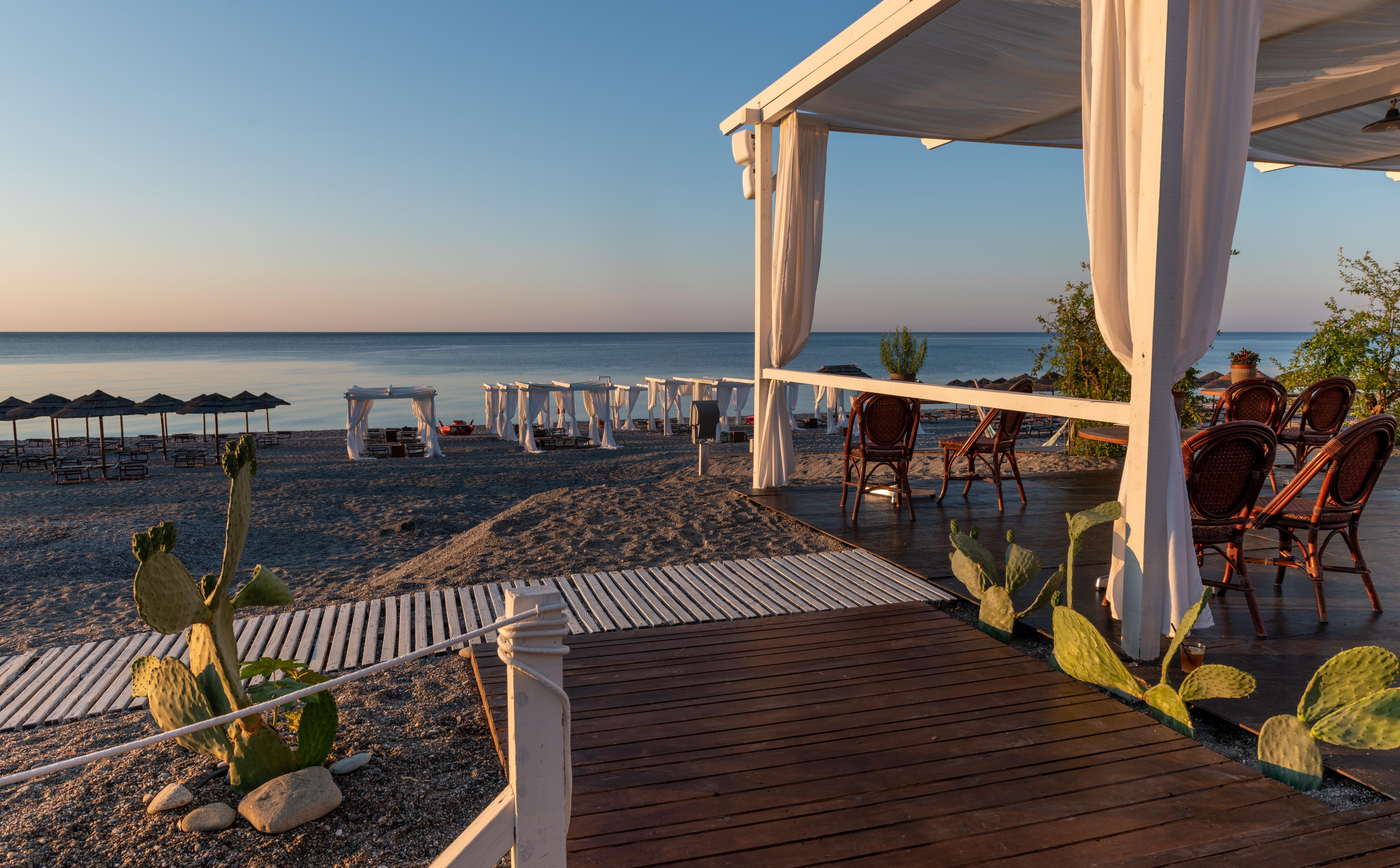 Lido Syrah Relax Beach