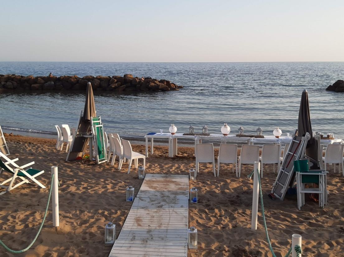 Nuova Oasi beach