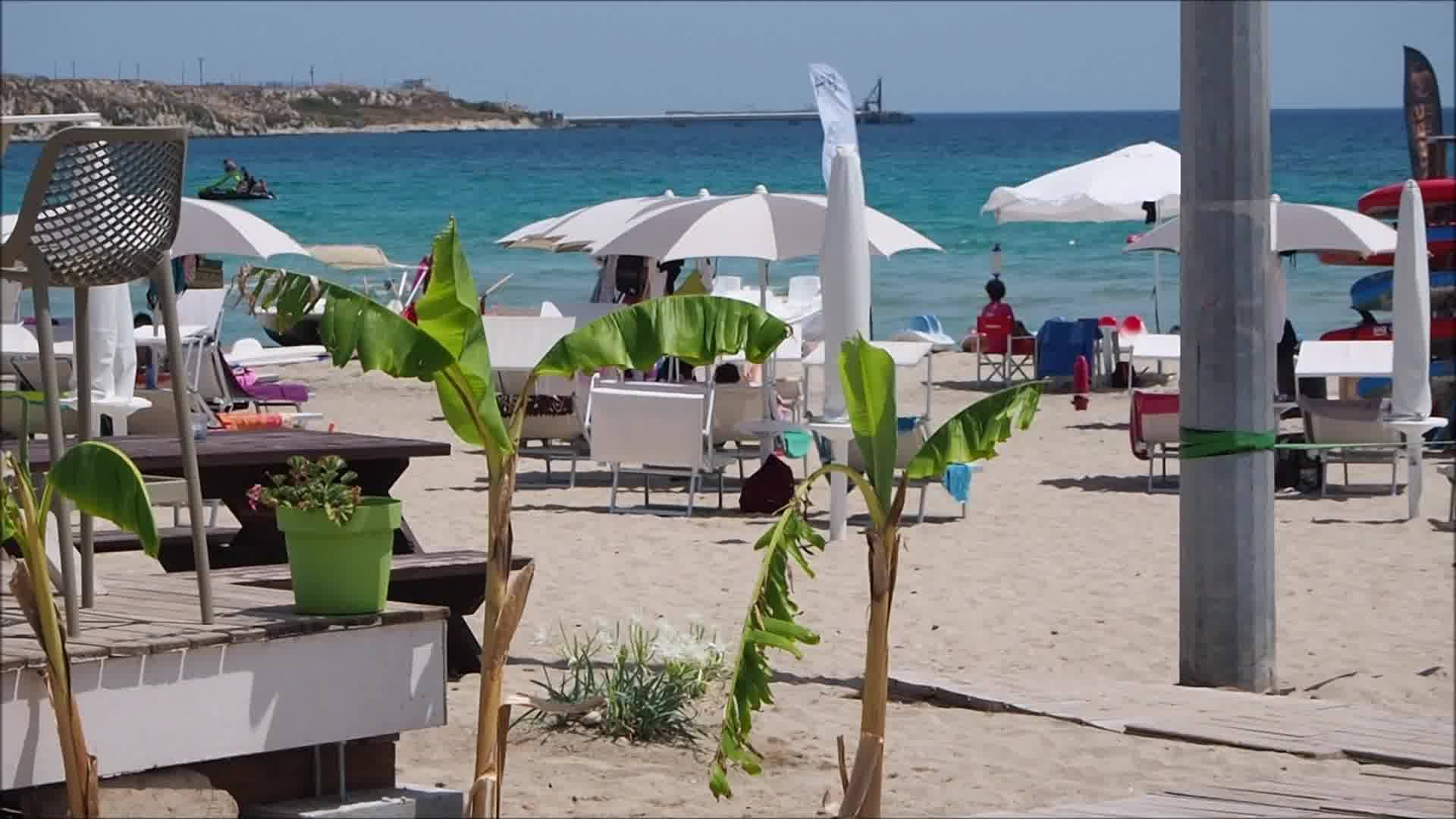 B64 Beach & Restaurant
