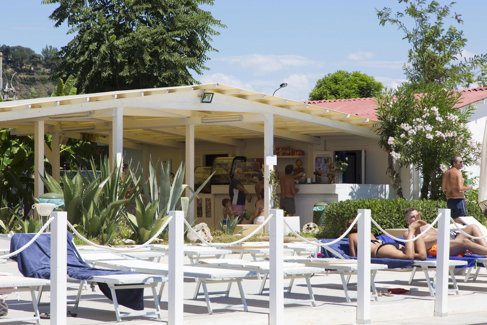 Lido Giardino Beach Resort