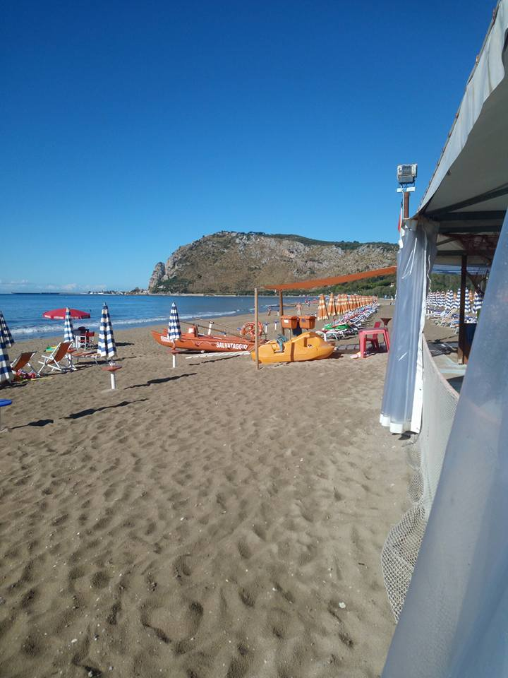 Romantico Beach