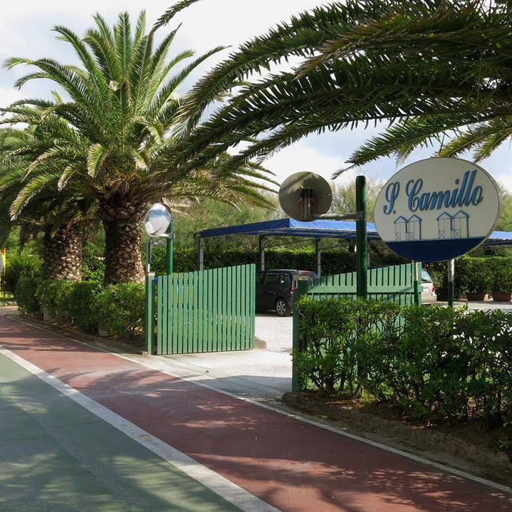 Bagno San Camillo Beach