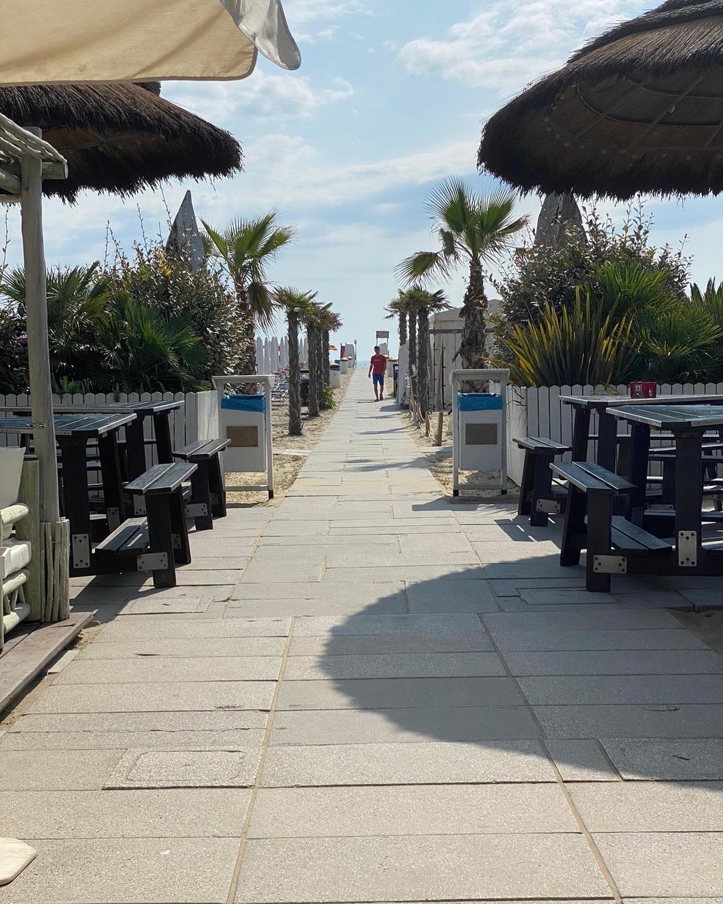Toto Beach Bar