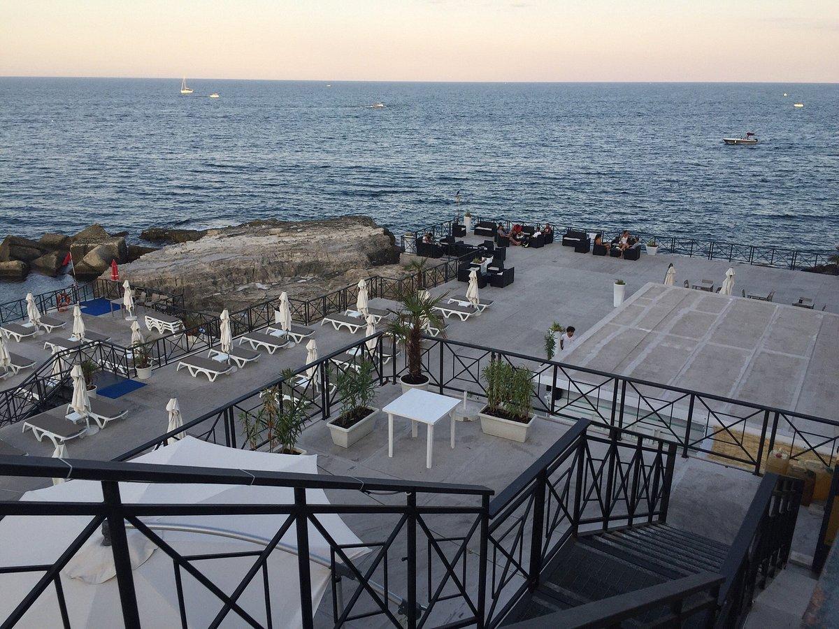Le Terrazze Di Nettuno Restaurant   Solarium