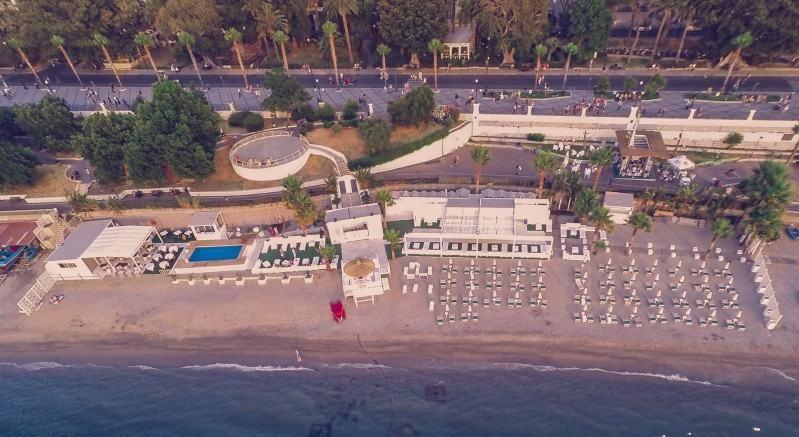 Calajunco Beach Club