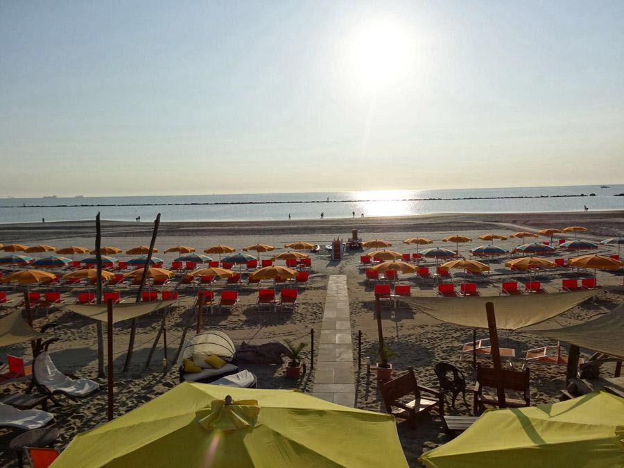 Bagno SainTropez Beach 60