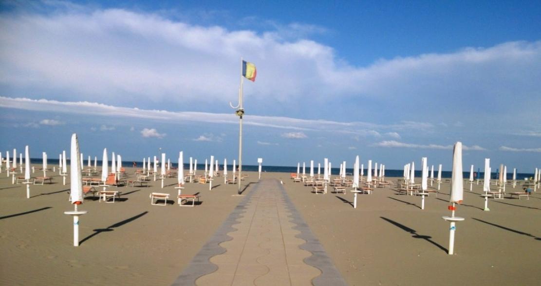 Maremoto Beach & Maremoto Bau Beach
