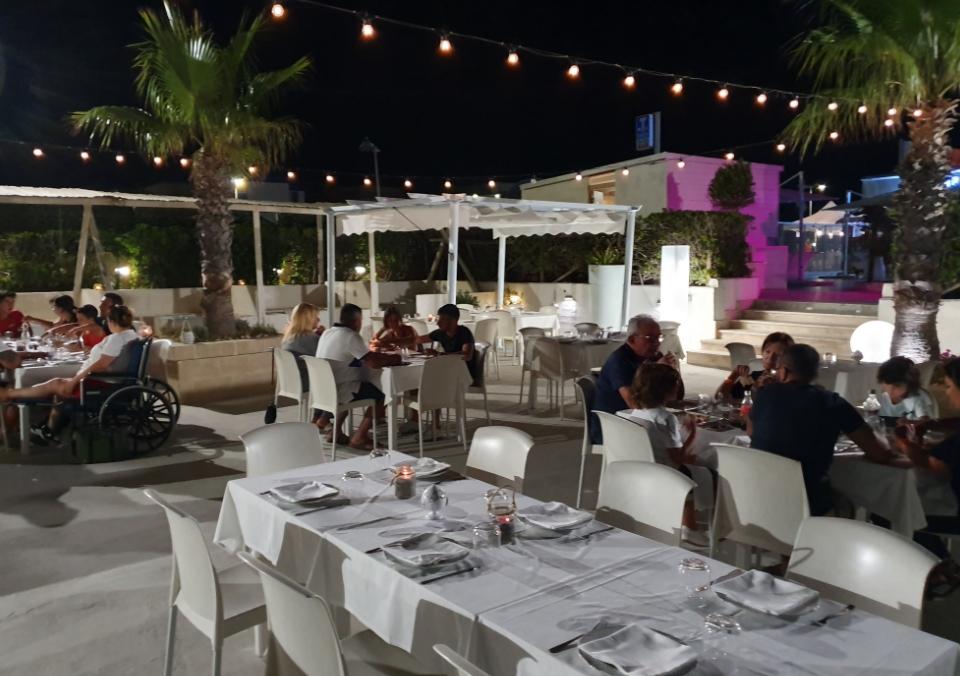 Paradiso Beach Bar