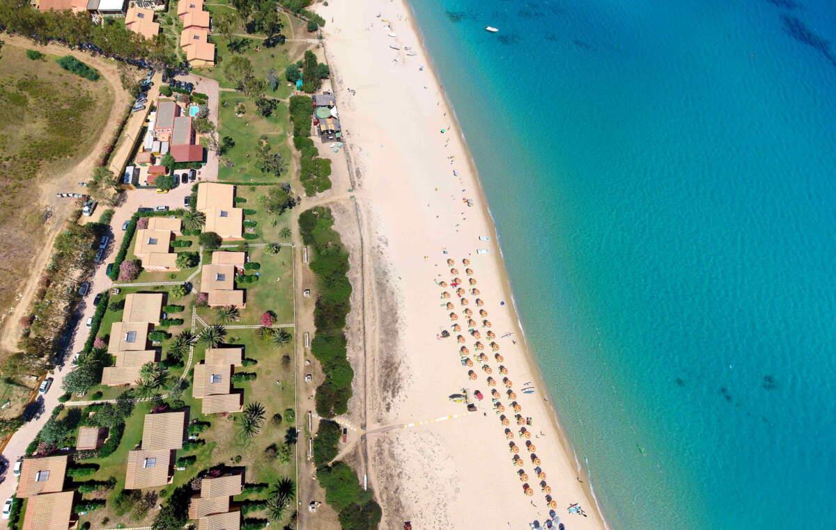 Spiaggia Villaggio Piscina Rei