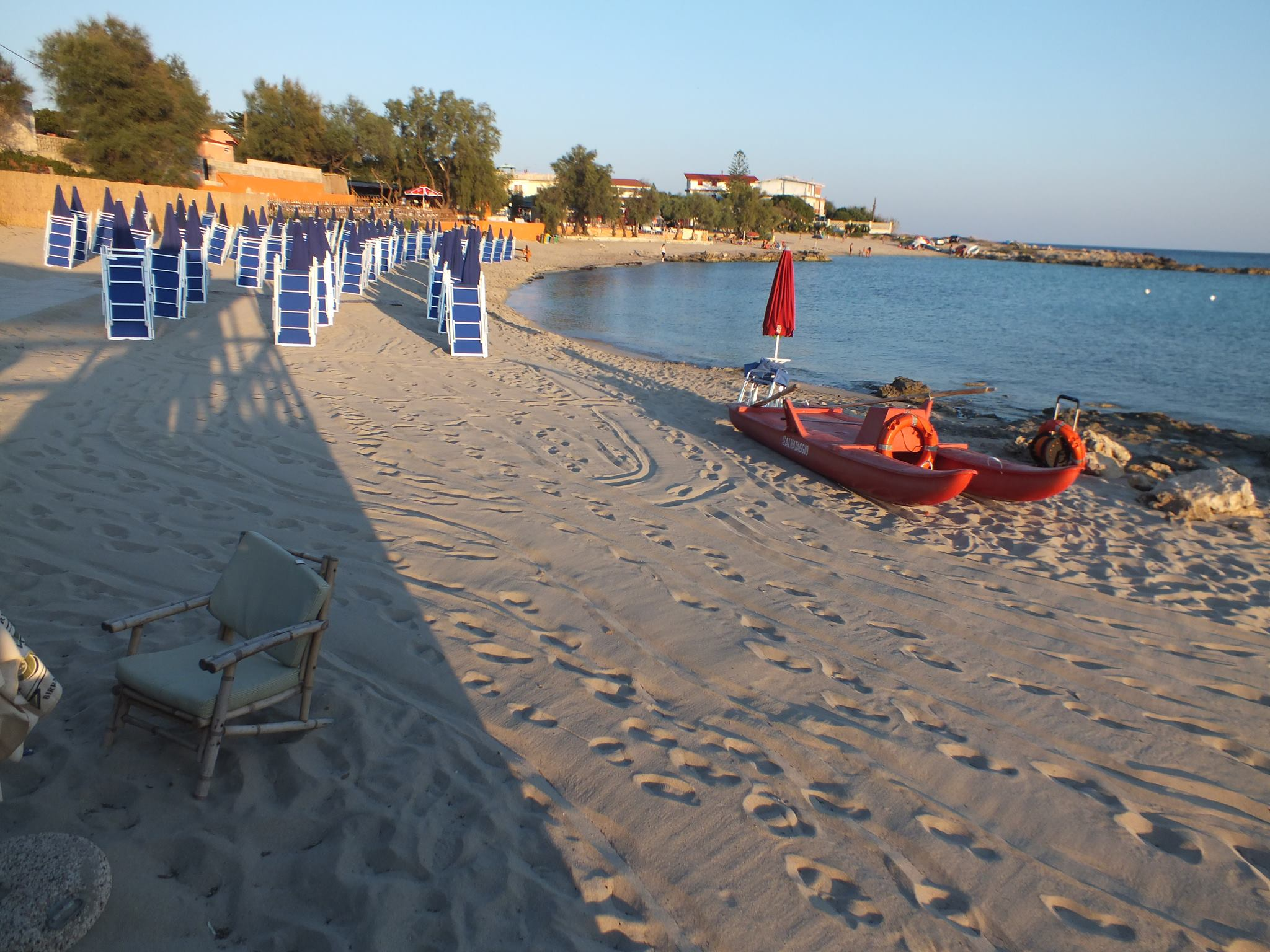 Tridakna Beach