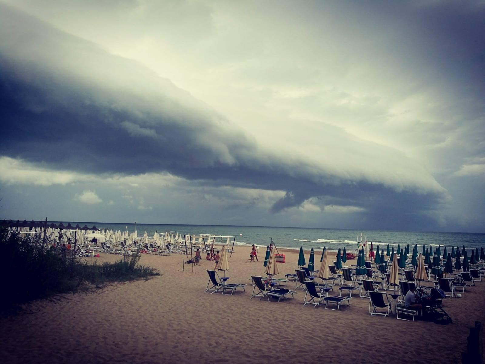 Eucaliptus Beach