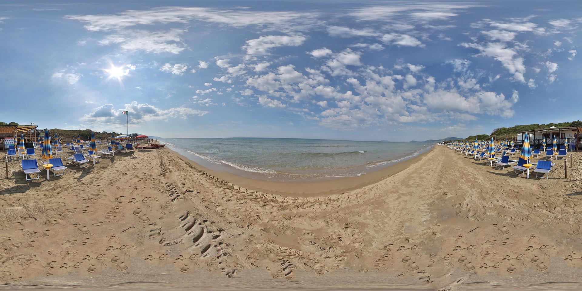 Knulp On The Beach