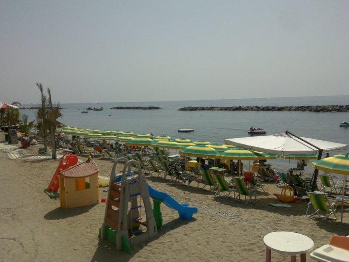 Il Bizzarro Beach Club