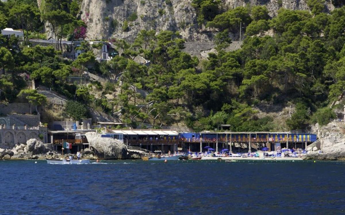 Spiaggia Di Marina Piccola