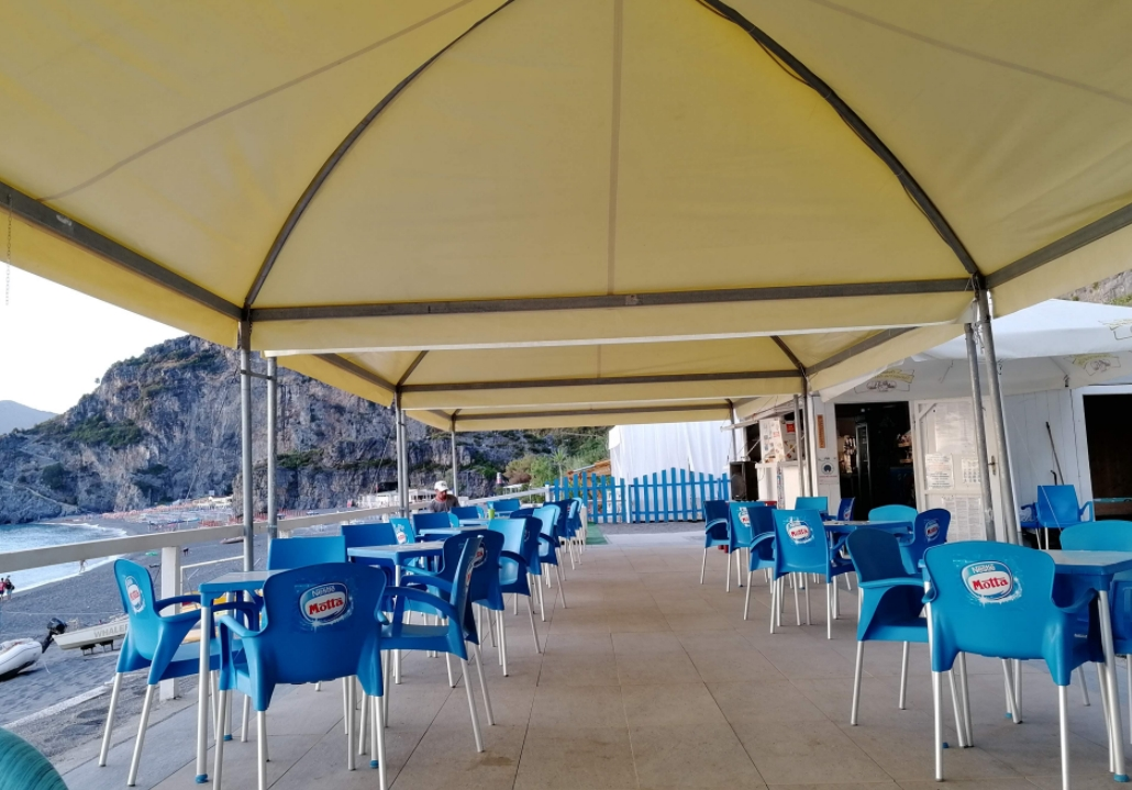 BiMax Beach Club