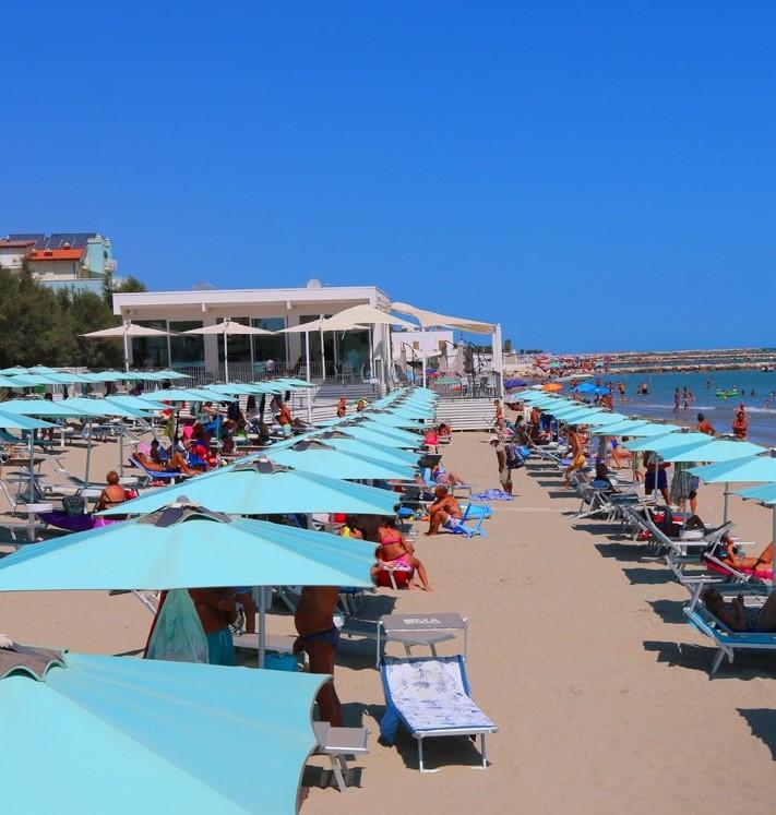 Uma Beach Club