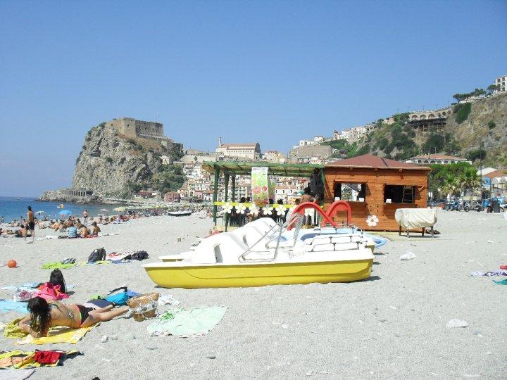 La Suerte Scilla Beach