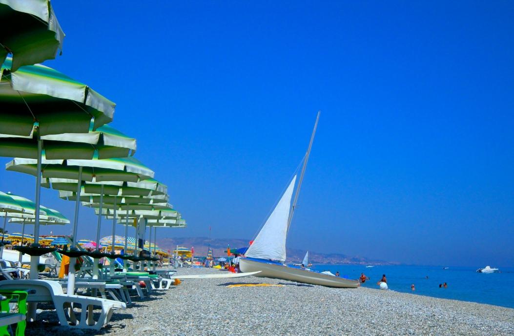 Jolly Mare Beach
