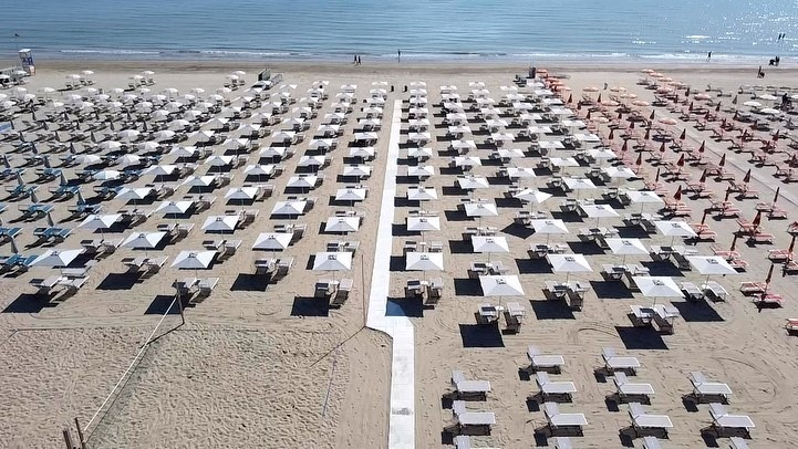 Sunset Beach 165/166