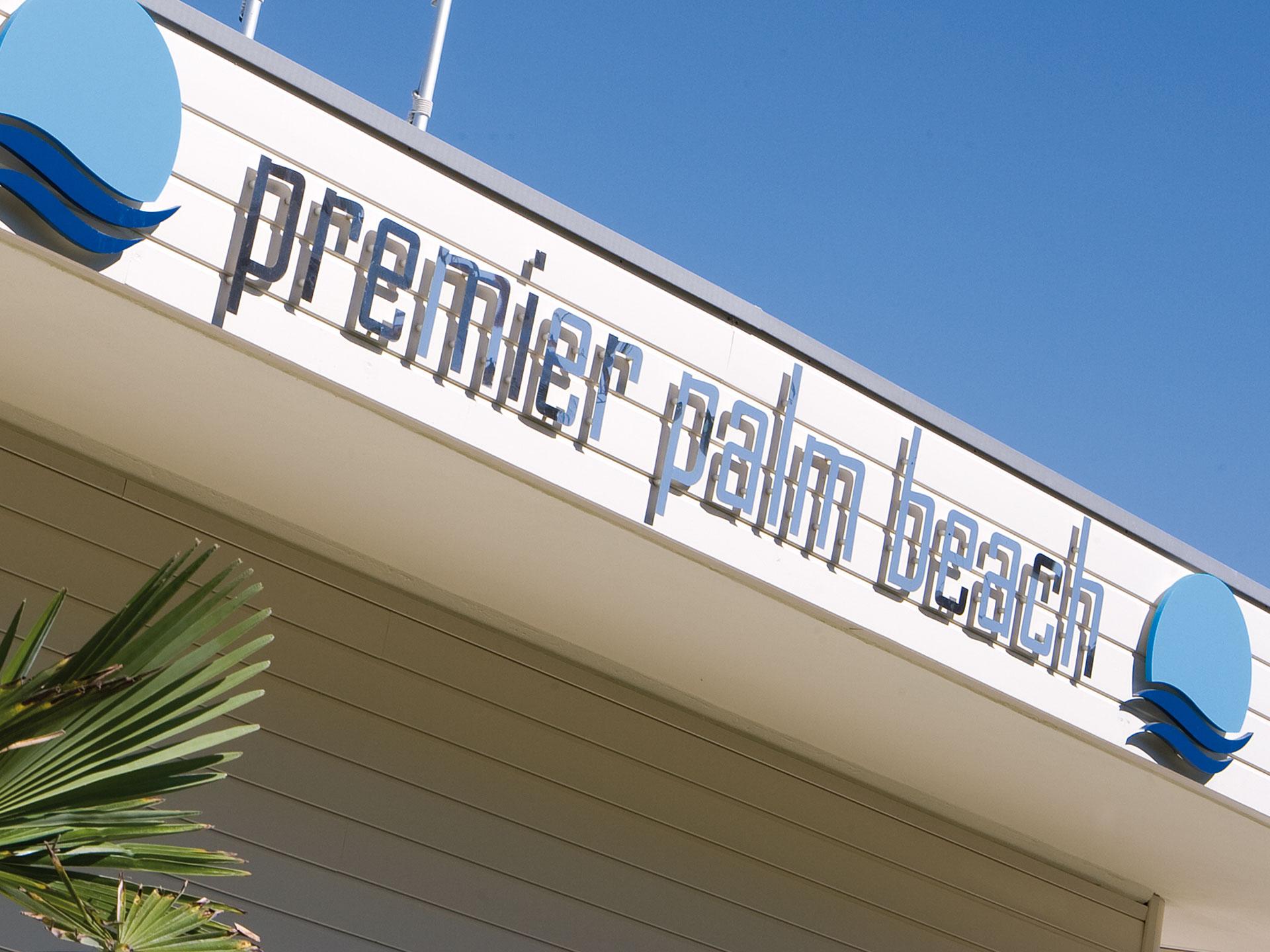 Premiere Palm Beach 296