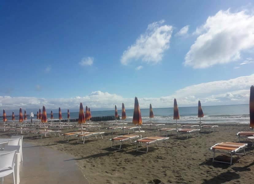 Bagno Villaggio Pineta Beach