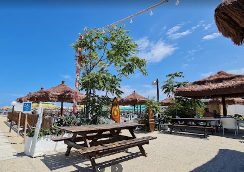 Zara Spiaggia Bar