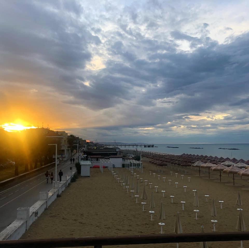 Lido Il Gabbiano - Spiaggia e Ristorante