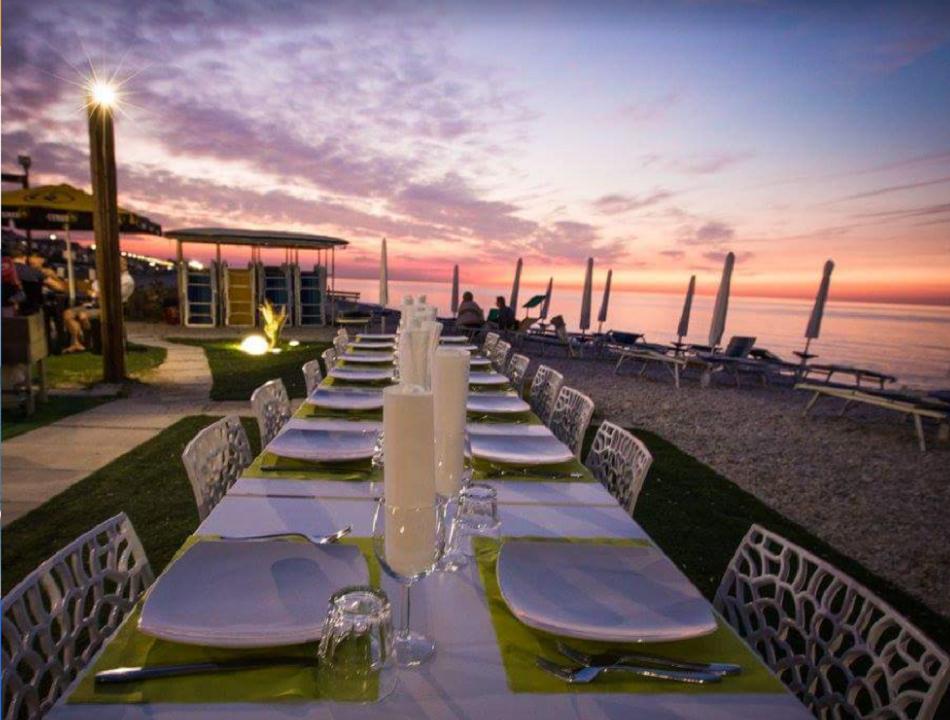 Madame Beach & Restaurant