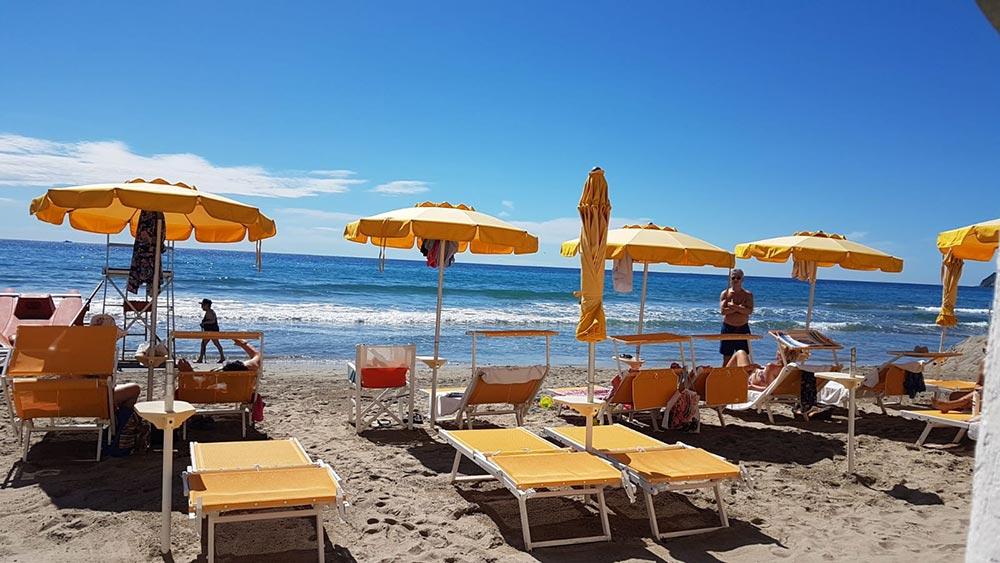 Alaxi Beach