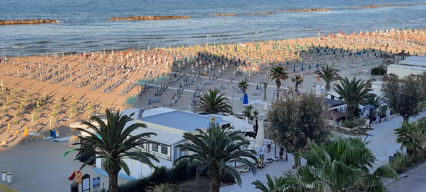 Paradise Beach 61