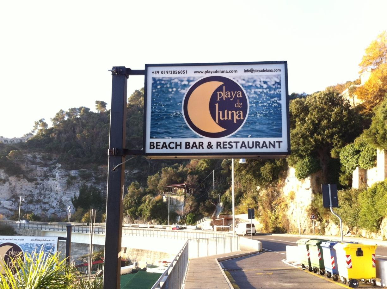 Playa De Luna