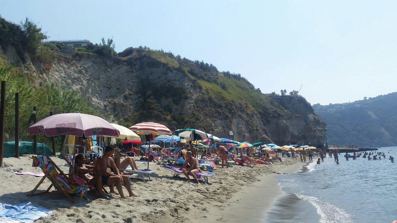 Spiaggia Cava Dell'Isola