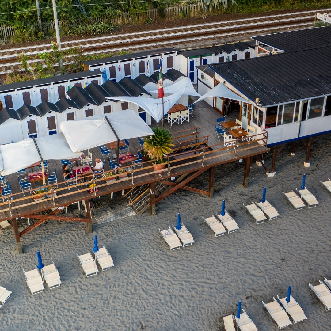 Mignon Beach & Restaurant