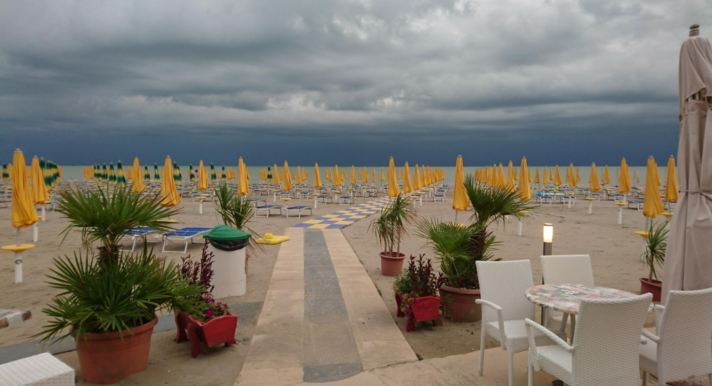 Ufficio Spiaggia 2 Bagno Italia